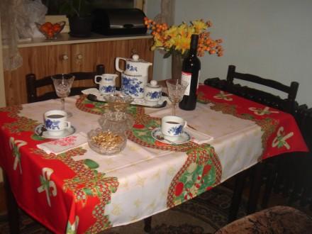 novogodisnji i bozicni svecani stolnjak 150 x 150