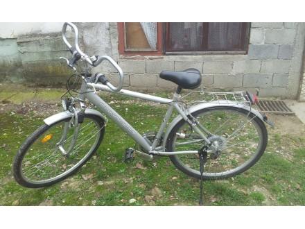 28` Nemački, treking, Shimano extra bicikl