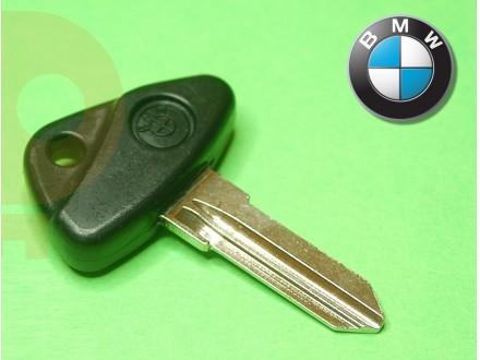 BMW kljuc - crni