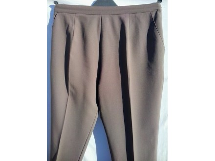 BRAON  PANTALONE  za  punije  dame     46?