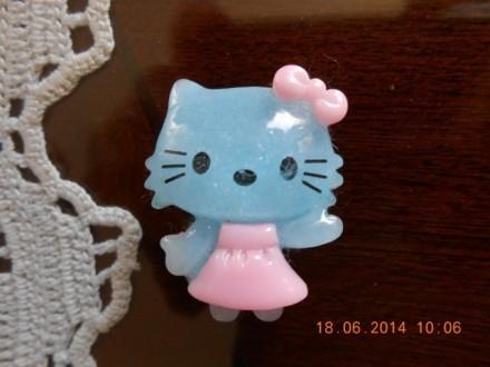Broš Hello Kitty - plavi