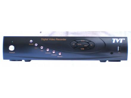 DVR za 4 kamere, marke TVT, hard disk HITACHI 500GB