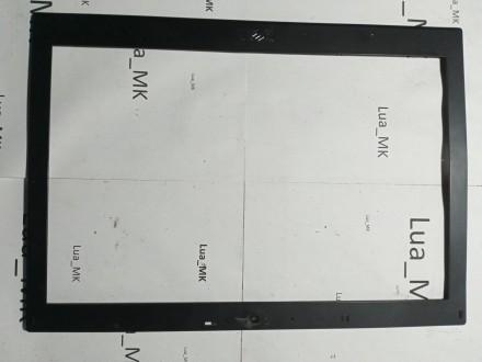 Dell E6410 Prednja maska ekrana - Ostecena