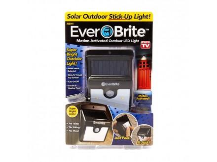EVERBRITE senzorska solarna lampa