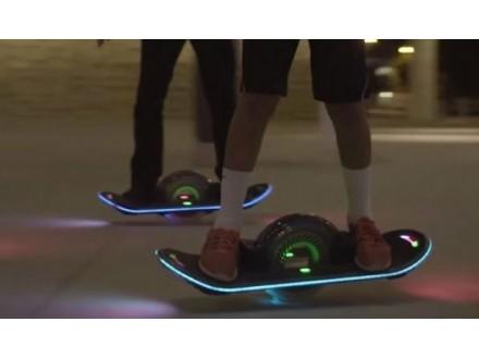 Elektric self balancing skateboard hoverboard