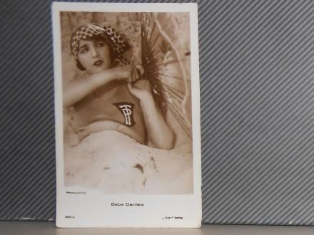 FILMSKI GLUMCI-BEBE DANIELS(1901-1971)  (III-38)