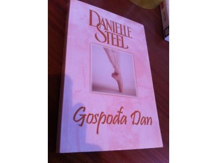 Gospođa Dan Danielle Steel