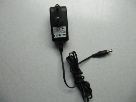Logitech punjač, adapter AC/DC 6.5V 200mA