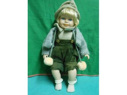 Lutka-   devojčica