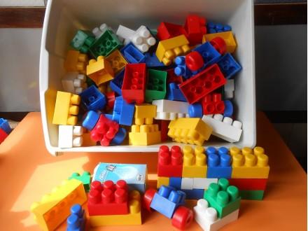 Mega Bloks LEGO Duplo  110.ELEMENATA