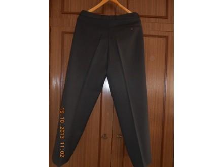 Muške pantalone - braon boje