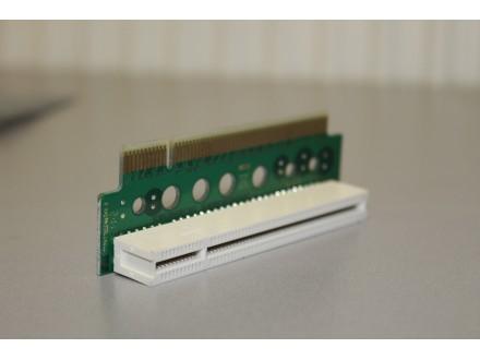 Nastavak za PCI Slot 90 stepeni