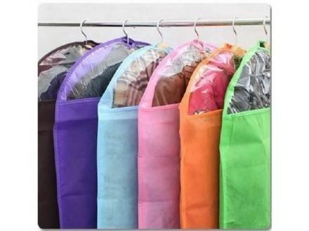 Navlaka za čuvanje odeće