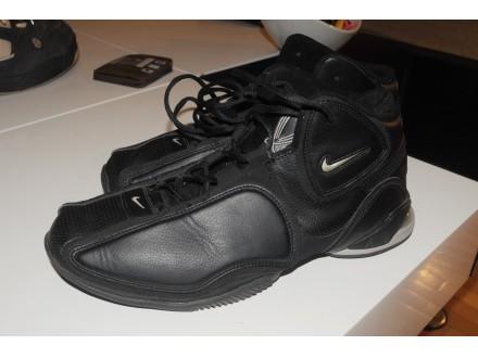 Nike Air Flight broj 47.5