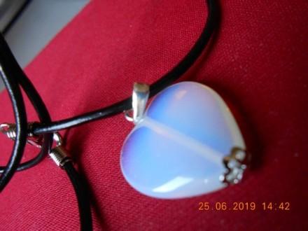 Ogrlica - Srce - opal- poludragi kamen