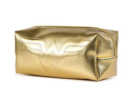 Pernica - DC, WW, Golden Shimmer - DC Comics