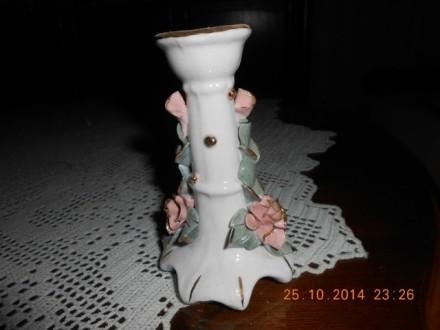 Porcelanski svećnjak