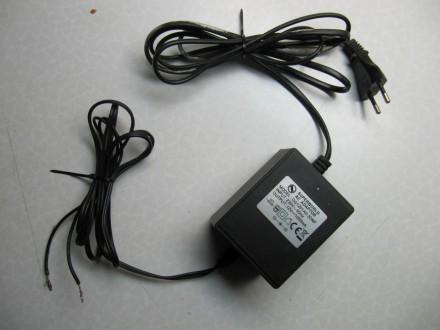 Punjač, adapter AC/DC 12V 1000mA