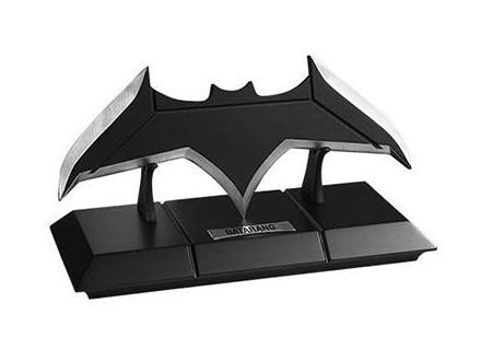 Replika rekvizita - Betmenov Batarang - DC Comics