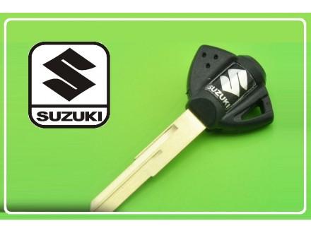 SUZUKI kljuc - crni