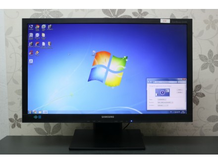 "Samsung 24"" LED monitor / Full HD 1329"