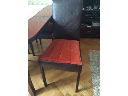 Sto + 4 stolice - kuhinjska garnitura
