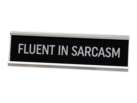 Stona dekoracija - Fluent In Sarcasm - Harvey Makin