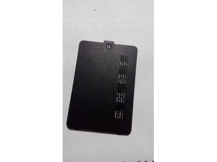 Toshiba L550 poklopac 1