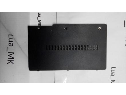Toshiba L655 Poklopac 1