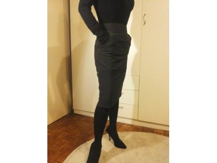 Uska pencil suknja visok struk. Milano Italy, broj M