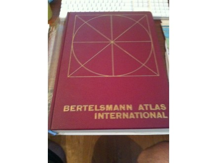 geografski atlas bertelsmann atlas international