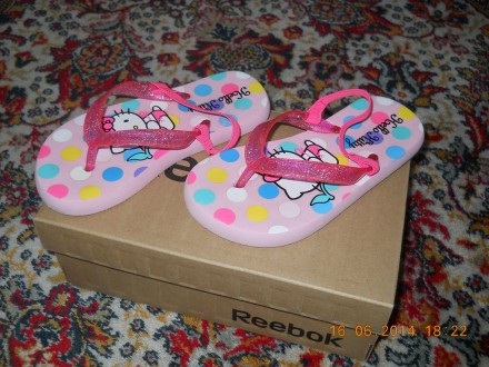 H&M Hello Kitty sandalice  NoVo