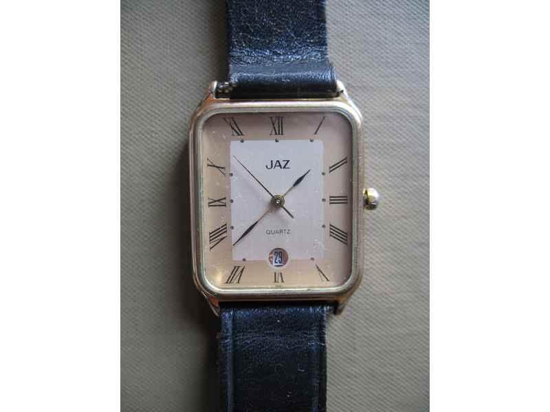 JAZ - francuski kvarcni sat