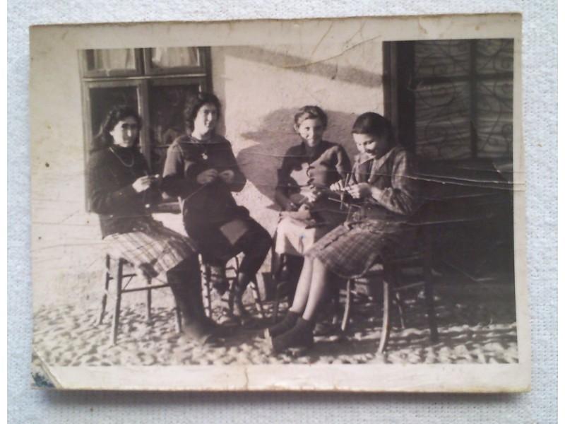 Leskovac 1941g. Pletilje