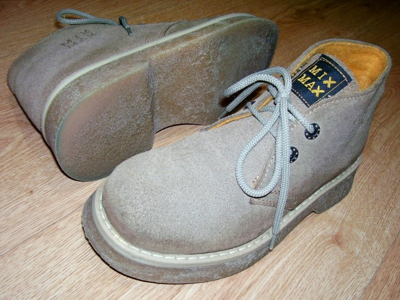 `MIX MAX` duboke kozne cipele br. 36