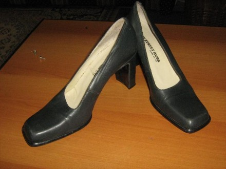 MUBB  kkozne cipele -38,5-kao nove