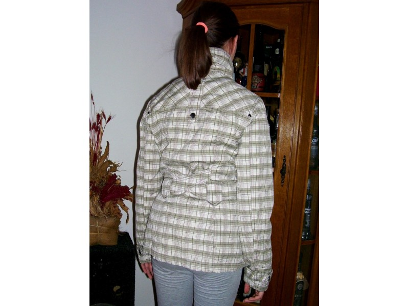 `ORSAY` zenska jakna br. 36
