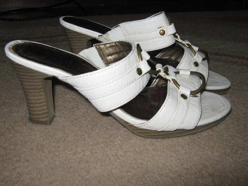 bele papuce vel.37