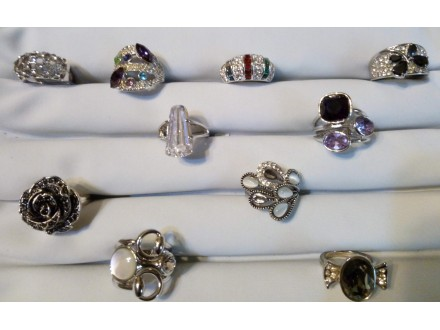 prstenje ,cirkoni,kristali,poludrago kamenje