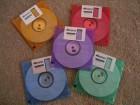 5 disketa u razlicitim bojama NOVO, nekorisceno