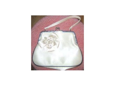 AVON torbica od satena, prelepa, povoljno!