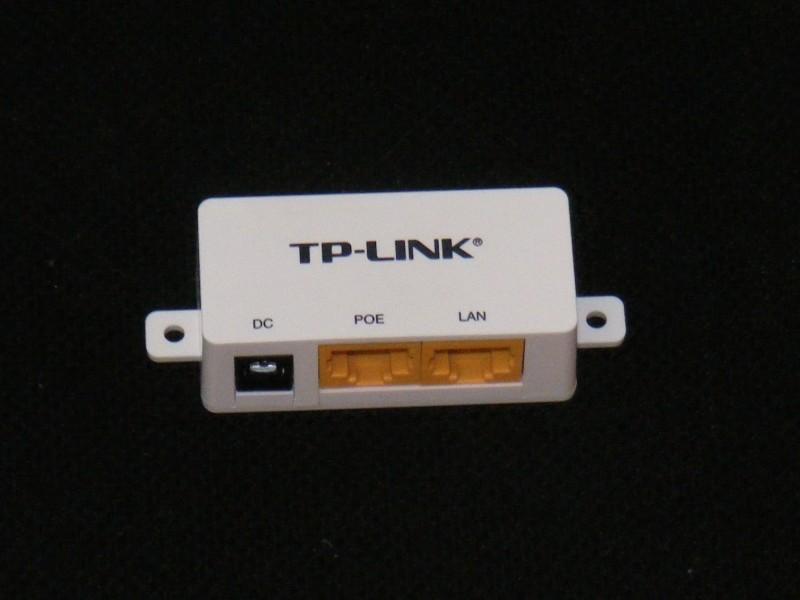 Adapter za prenos napona preko mrežnog kabla