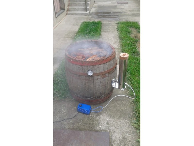 Akcija ! SMOKINGUN - pušnica Generator dima