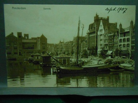 Amsterdam, Damrak   /XXVII-146/