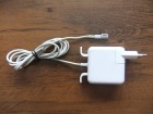 Apple adapter 14.5V 3.1A 45W za laptop