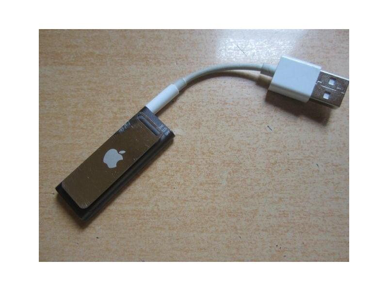 Apple iPod Shuffle A1271 3rd Gen. 4Gb - loša baterija