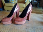 Atraktivne i udobne cipele