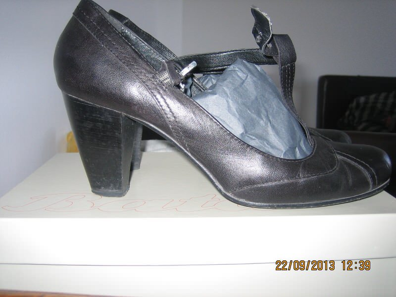 BATA cipele KOŽA 41