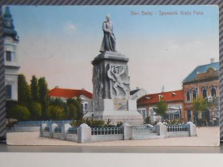 BEČEJ-SPOMENIK KRALJA PETRA   -1930-1940  ( II-40 )