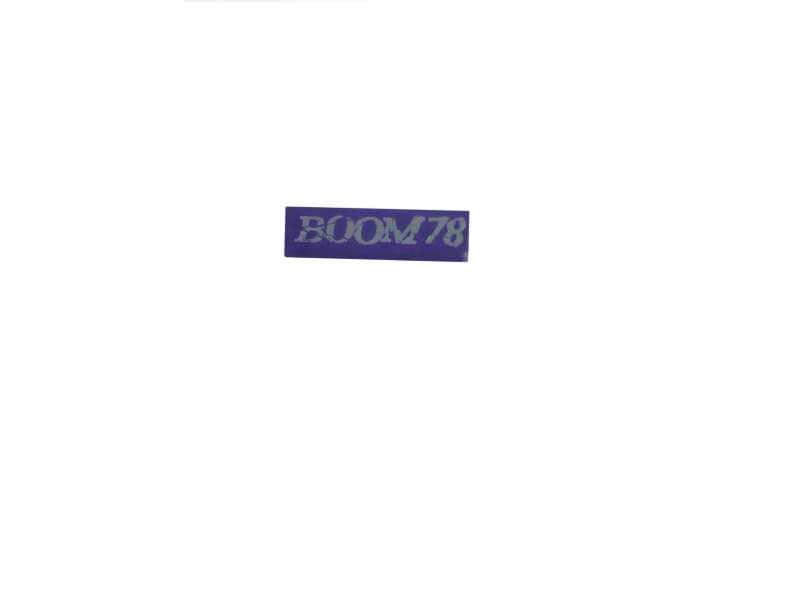 BOOM 78 - nalepnica   9 x 2,5 cm